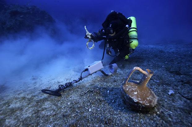L'épave d'Anticythère : un vestige du plus grand naufrage de l'Antiquité Greek-titanic